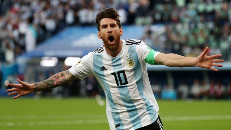 Футбол: Мессі вшосте отримав «Золоту бутсу»