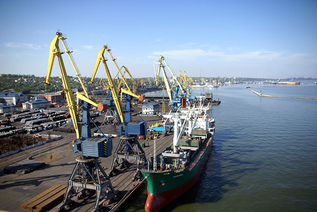 Mariupolskiy-port-1
