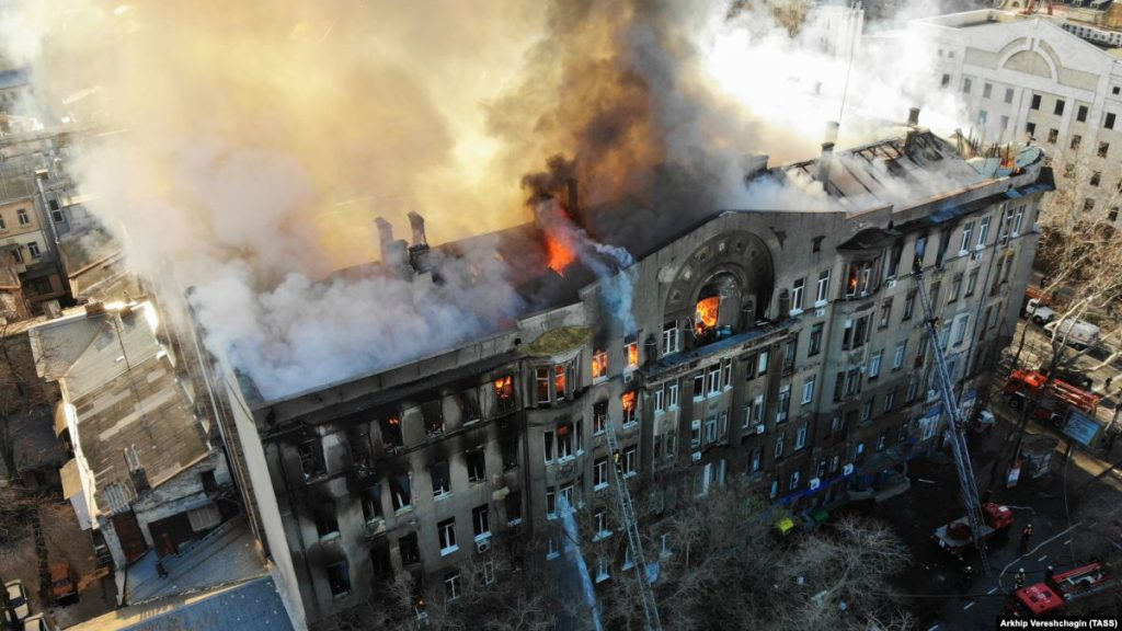 Через пожежу в Одесі загинули 4 людей – останні дані ДСНС