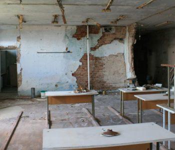 ЮНІСЕФ: 430 тисяч дітей страждають через конфлікт на Донбасі