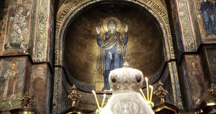 Зображення Богородиці Оранти в Софійському соборі дотепер називають «Непорушною стіною» – історик