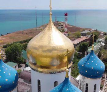 В Україні горіли кілька храмів Московського патріархату: що кажуть священники і поліція? (відео)