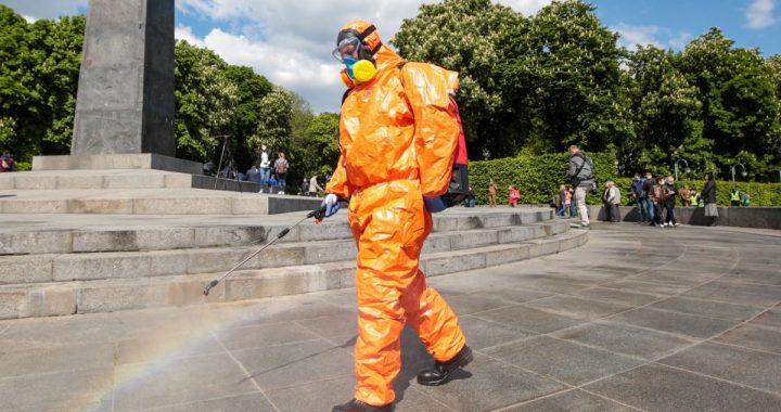 Кличко попередив, що у столиці можуть повернути жорсткий карантин