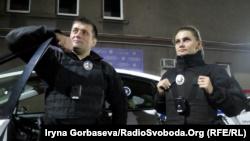 Патрульные полицейские Мариуполя