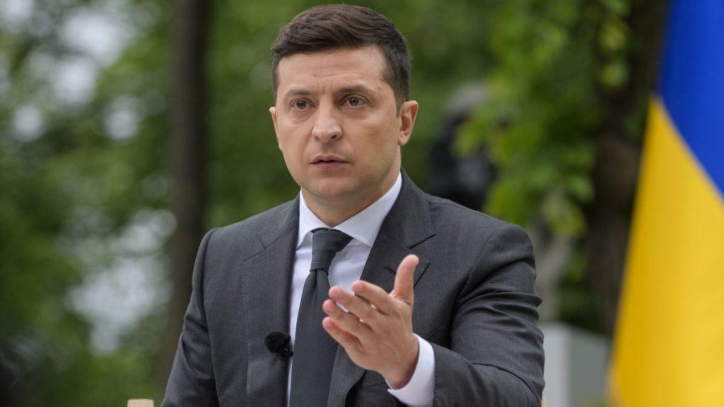 Зеленський підписав закон, який скасовує довідки про несудимість для кандидатів у депутати