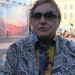 Україна, якій не потрібні герої? На смерть Романа Віктюка