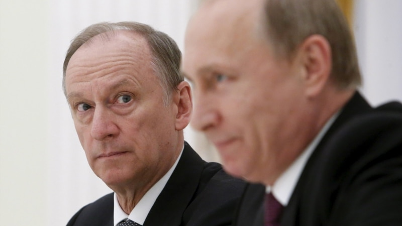 Навіщо секретар Ради безпеки Росії приїхав до окупованого Криму?