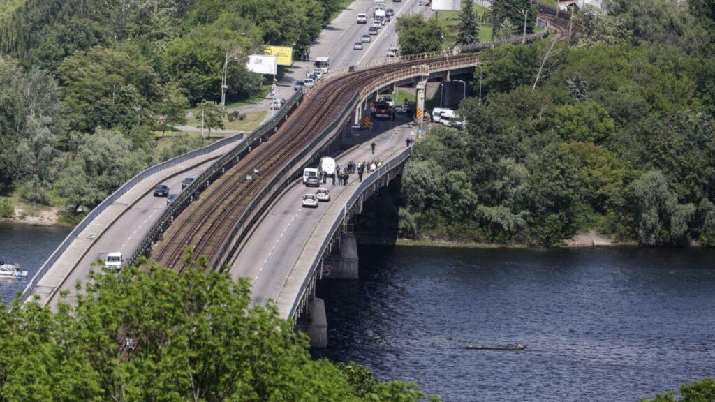 Міст Метро в Києві зазнає першого масштабного оновлення з 1965 року – КМДА
