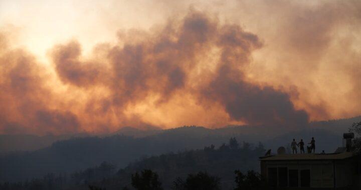 Пожежі в Туреччині: чи варто хвилюватися українським туристам