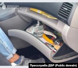 У Львові затримали прокурора на хабарі від поліцейського