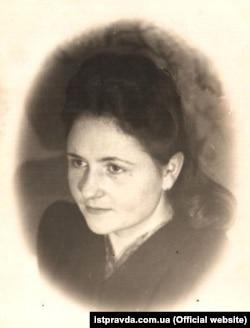 Марія Антонюк після повернення з Воркути. Була членом ОУН, секретаркою одного з легендарних командирів УПА Енея (Петра Олійника)