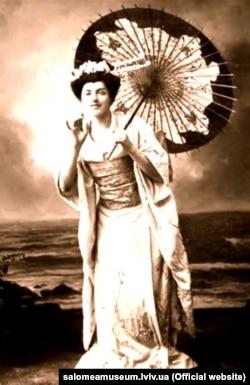 Крушельницька в ролі Чіо-Чіо-Сан в опері Пуччіні «Мадам Баттерфляй»