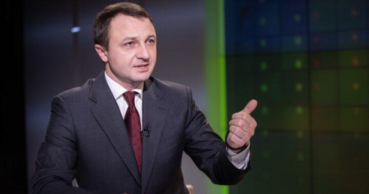 Кремінь допустив застосування санкцій до телеканалів через порушення мовного законодавства