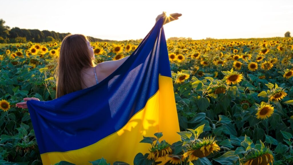 Понад 50% українців підтримують ідею ринку землі – опитування