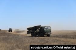 Росія проводить на полігоні Опук в окупованому Криму артилерійські навчання